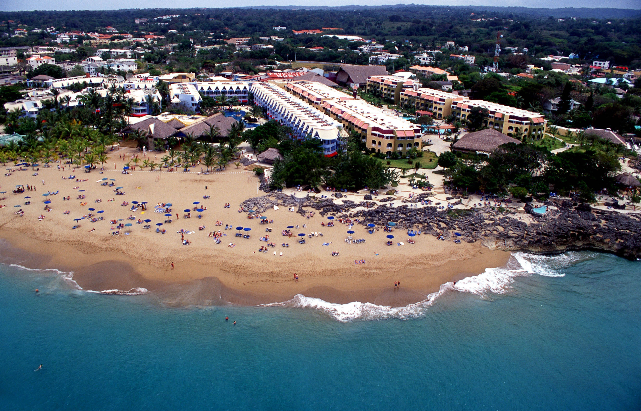 """Budget Friendly: Casa Marina, 3 Nts, All - Inclusive w/Air From: $339"""