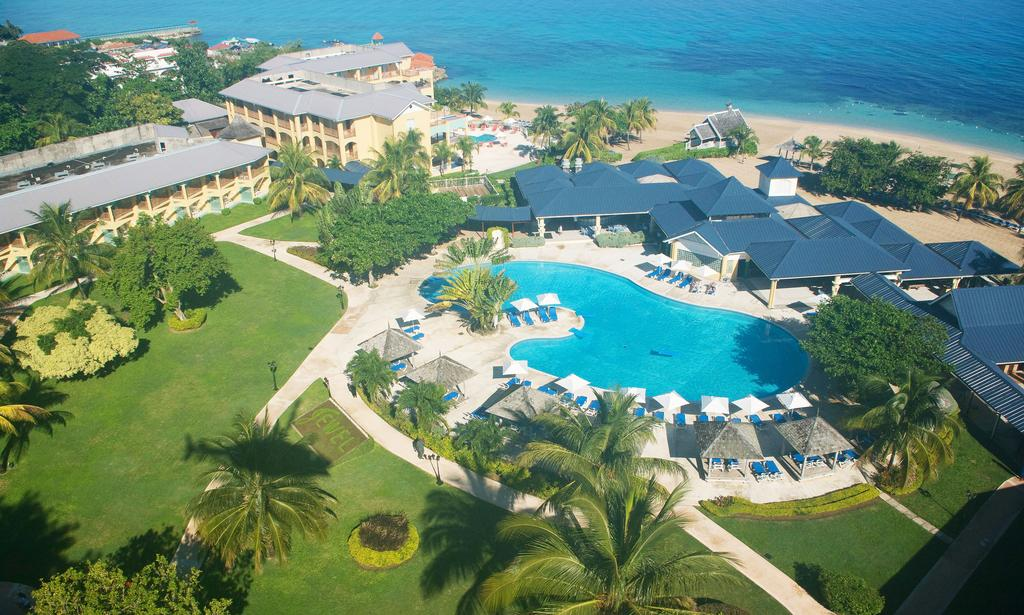Jewel Runaway Bay Beach And Golf Resort Jetset Vacations